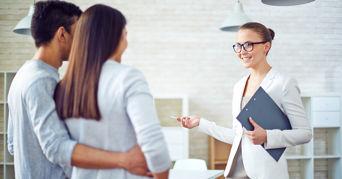 Am nevoie de un agent imobiliar. Cum îl aleg pe cel mai bun?